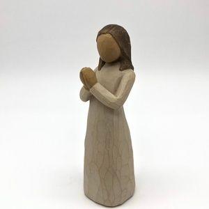 PRAYING SISTER FIGURE